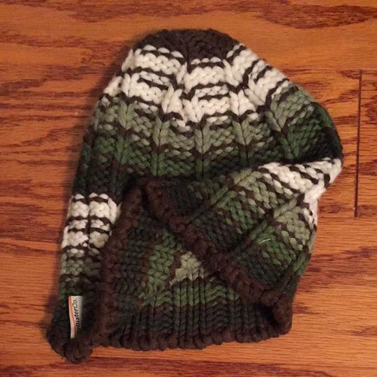 Hollister Hollister Green White and Brown Knit Beanie