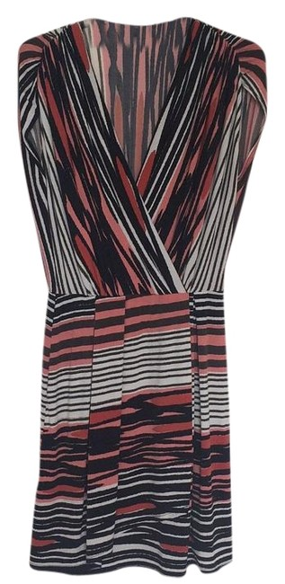 Preload https://img-static.tradesy.com/item/16063654/max-and-cleo-coral-black-white-above-knee-short-casual-dress-size-2-xs-0-1-650-650.jpg