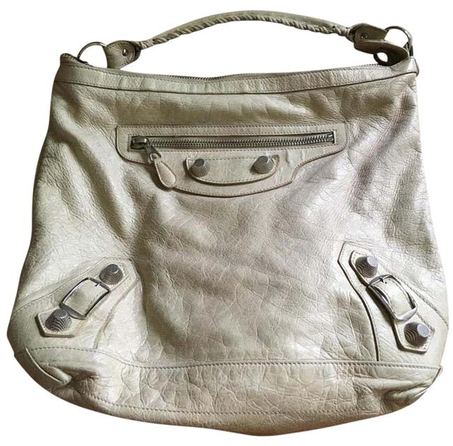 Item - Classic Day Off White Lambskin Leather Shoulder Bag
