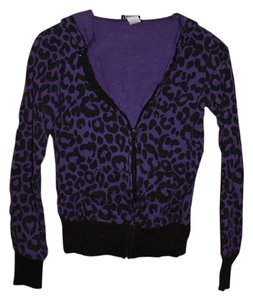 Wet Seal Leopard Print Sweatshirt