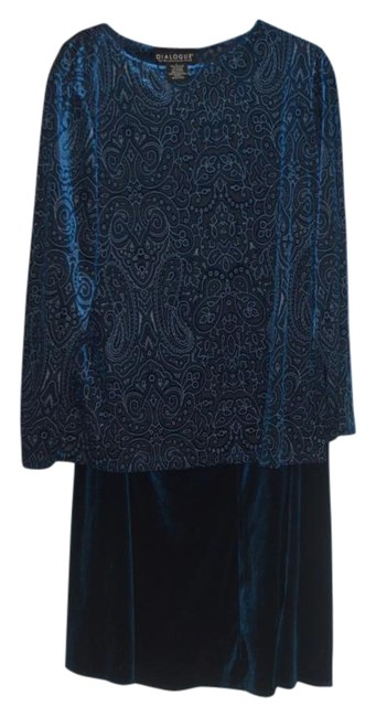 Preload https://img-static.tradesy.com/item/16064620/dialogue-blue-2-pc-and-tunic-set-velor-polyester-blend-skirt-suit-size-14-l-0-1-650-650.jpg
