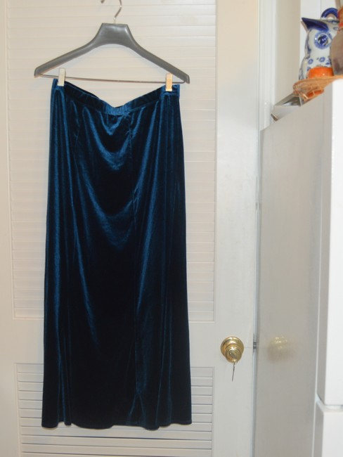 Dialogue Dialogue 2-PC Skirt and Tunic Set Blue Velor Polyester Blend Size 14L Image 2