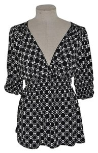Studio M Surplice Print Boho Top Black/Ivory