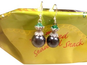 Other New Fashion EARRINGS Fish Hook STERLING SILVER EAR WIRES Grey FUX PEARL Green Rose