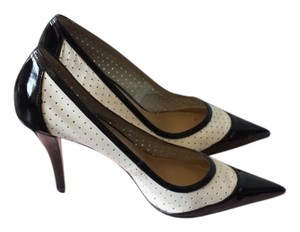 Bandolino Black & White Pumps