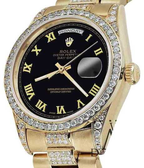 Preload https://img-static.tradesy.com/item/16065481/rolex-presidential-36mm-day-date-black-roman-diamond-18-kt-yellow-gold-watch-0-1-540-540.jpg