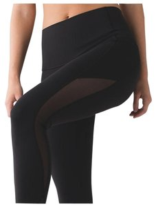 Lululemon NWT Lululemon Make A Move Tight Black MEsh Size 4
