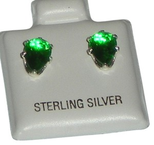 J Brand 925 Sterling Silver 8mm Pear Cut Created Emerald Stud Earrings