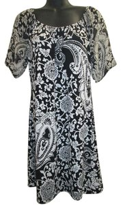 White House | Black Market Paisley Cocktail Floral Dress