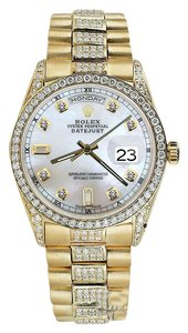 Rolex Rolex Presidential Day-Date 36MM Pearl Dial Diamond 18KT Yellow Gold