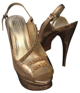 Pelle Moda Platform Stiletto gold Platforms