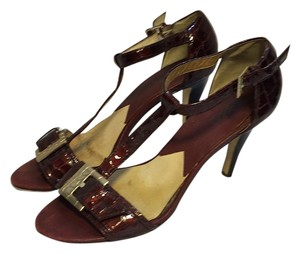 MICHAEL Michael Kors Burgundy Pumps