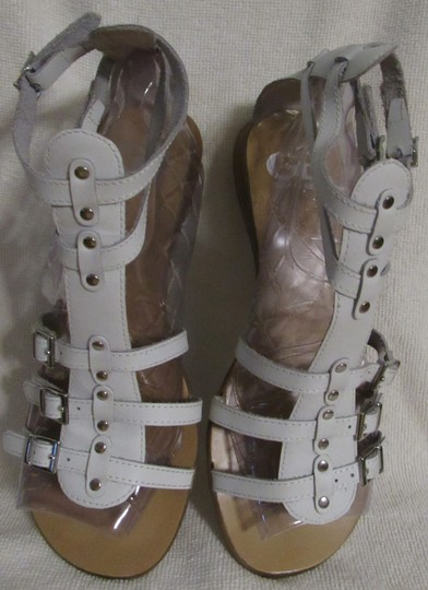 Gianni Bini Leather Gladiator Buckles Strappy White Sandals Image 2