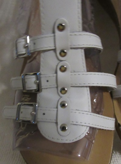 Gianni Bini Leather Gladiator Buckles Strappy White Sandals Image 3