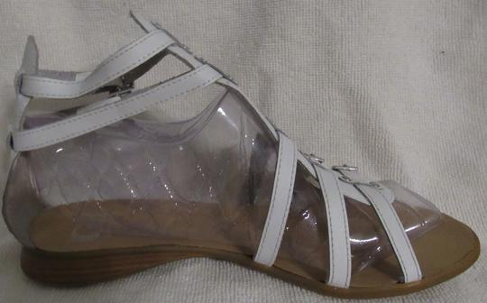 Gianni Bini Leather Gladiator Buckles Strappy White Sandals Image 4