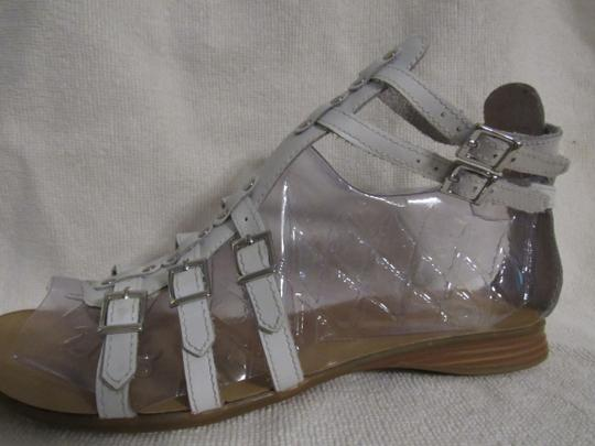 Gianni Bini Leather Gladiator Buckles Strappy White Sandals Image 5