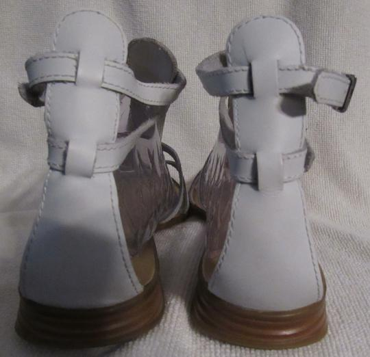 Gianni Bini Leather Gladiator Buckles Strappy White Sandals Image 8