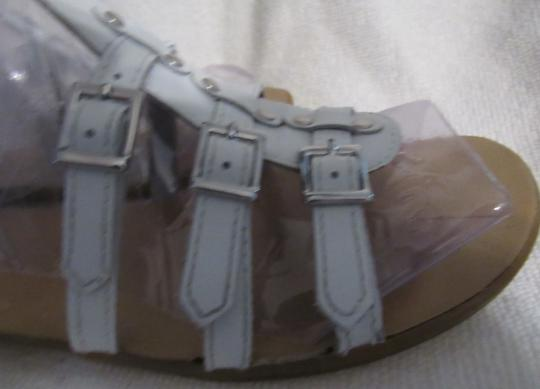 Gianni Bini Leather Gladiator Buckles Strappy White Sandals Image 9