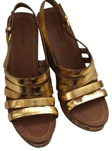 Miu Miu Gold Strappy Casual Different Gold/bamboo Wedges
