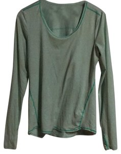 Athleta Athleta's CHI series long sleeve top: