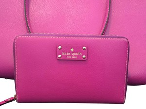 Kate Spade Wristlet in Purple/pink