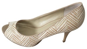 Nine West Beige and white pattern Pumps