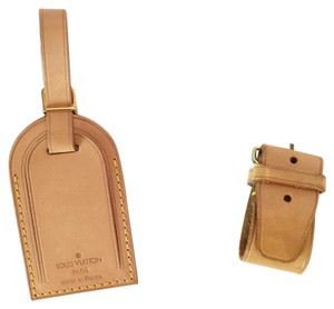 Louis Vuitton Louis Vuitton Vachetta Poignant and Luggage Tag Set