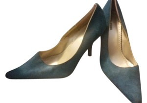 Maurices teal Pumps