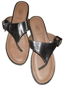 Circa Joan & David Leena Thongs Flip Flops Moc Snakeskin pewter Sandals
