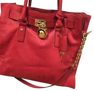 Michael Kors Mk Hamilton Saffiano Satchel in Red