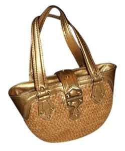 Michael Kors Large Metallic Tote in GOLD