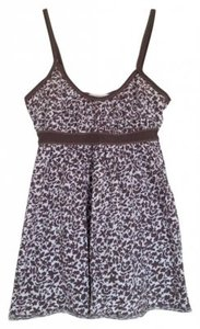 Preload https://item5.tradesy.com/images/abercrombie-and-fitch-brown-and-white-tank-topcami-size-0-xs-160759-0-0.jpg?width=400&height=650
