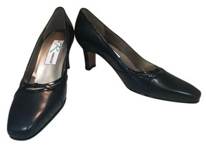 Ros Hommerson Black Leather Pumps