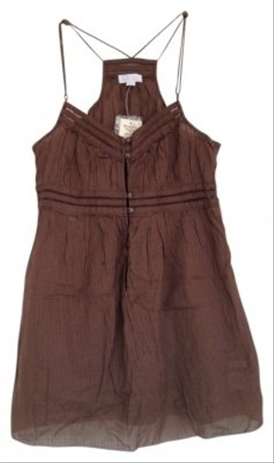 Preload https://item3.tradesy.com/images/hollister-brown-tank-topcami-size-0-xs-160762-0-0.jpg?width=400&height=650