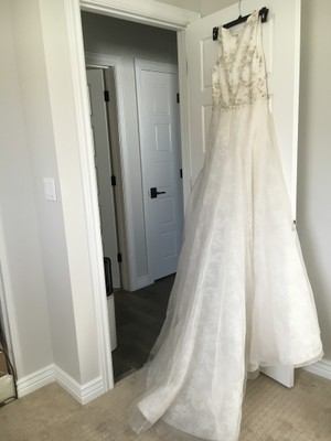Badgley Mischka Lana Wedding Dress
