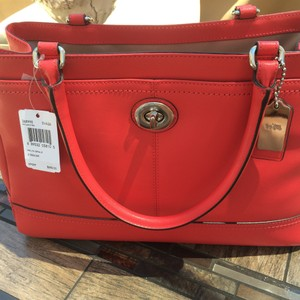 Coach Satchel in Poppy Red