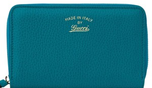 Gucci Gucci Swing Zip Around Wallet