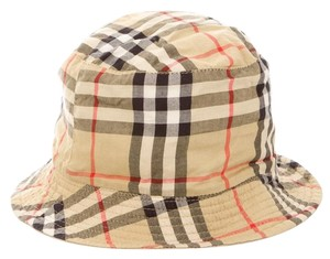 Burberry Nude, black multicolor Burberry Nova Check bucket hat