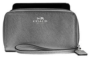 Coach Coach Darcy Pewter Gray Universal iphone Smartphone Wallet Wristlet