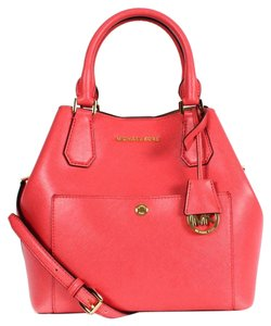 Michael Kors Greenwich Large Saffiano Leather Tote in WATERMELON/LUGGAGE