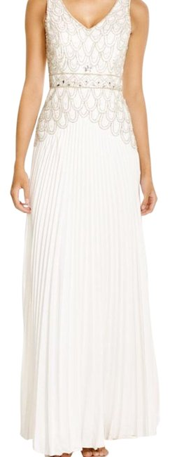 Item - Ivory Embellished Gown