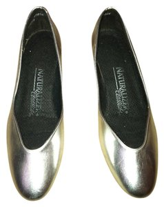 Naturalizer Genuine Leather Metallic silver Wedges