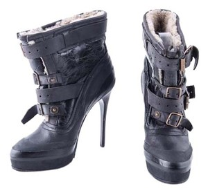 Burberry Leather Mulitstrap Heeled navy Boots