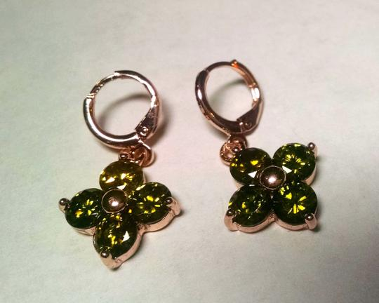 Other New 14K Gold Filled Earrings Green Cubic Zirconia Dangle J555