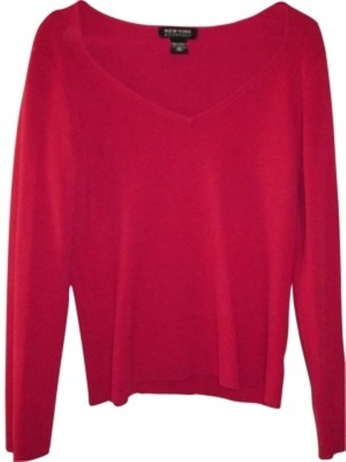 Preload https://item2.tradesy.com/images/new-york-and-company-sweater-160846-0-0.jpg?width=400&height=650