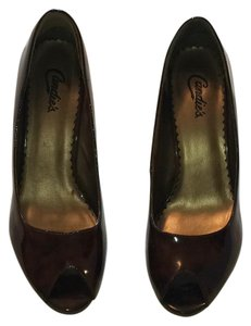 Candie's browns Pumps