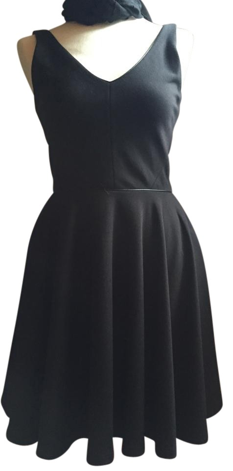 ec5ac0f81cc Zac Posen Black Above Knee Night Out Dress Size 8 (M) - Tradesy