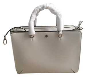 Tory Burch Large Robinson White Tote in New Ivory