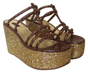 Marc Jacobs Brown and Gold Wedges