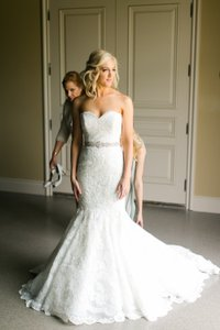 Enzoani Enzoani Fifi Wedding Dress